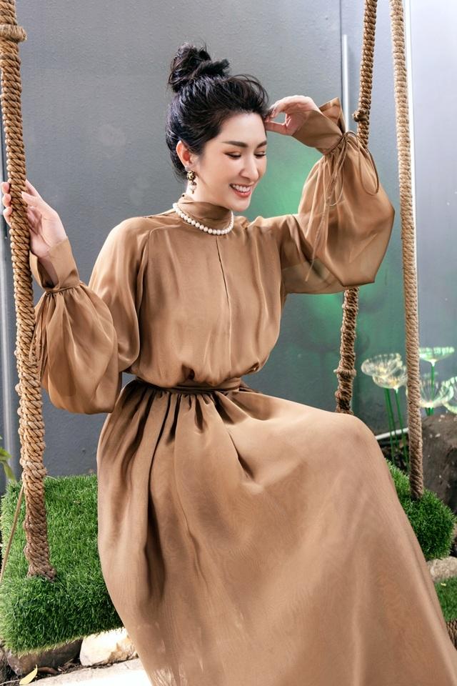 Nguyễn Hồng Nhung hài lòng với cuộc sống hiện tại - 1