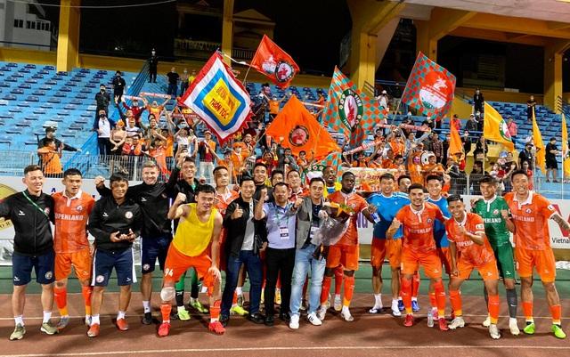 CLB Hà Nội thua sốc Bình Định trong ngày HLV Park Choong Kyun ra mắt - 10