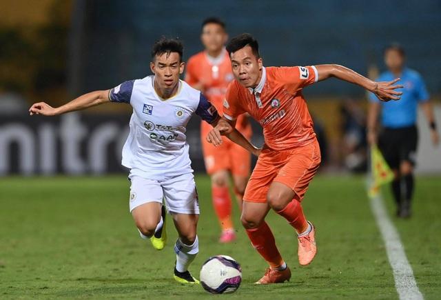 CLB Hà Nội thua sốc Bình Định trong ngày HLV Park Choong Kyun ra mắt - 3