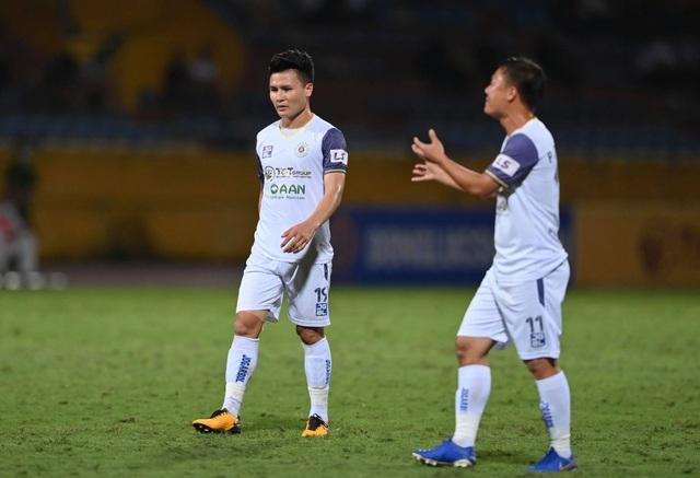 CLB Hà Nội thua sốc Bình Định trong ngày HLV Park Choong Kyun ra mắt - 9