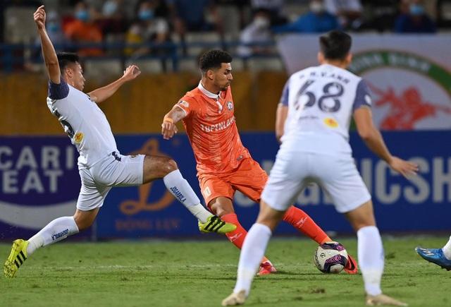 CLB Hà Nội thua sốc Bình Định trong ngày HLV Park Choong Kyun ra mắt - 8
