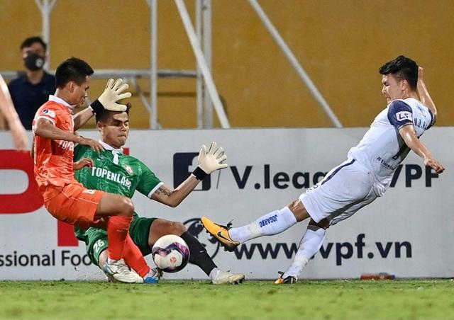CLB Hà Nội thua sốc Bình Định trong ngày HLV Park Choong Kyun ra mắt - 7