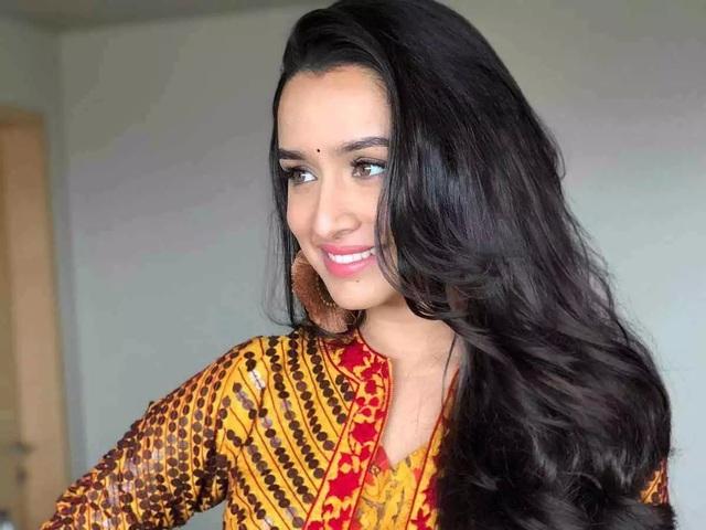Mê mẩn ánh mắt, nụ cười của mỹ nhân Ấn Độ vừa giàu, vừa xinh - 4