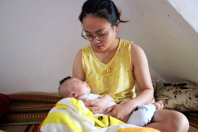 Nhói lòng cảnh bé trai 4 tháng tuổi mang trong mình căn bệnh quái ác - 5