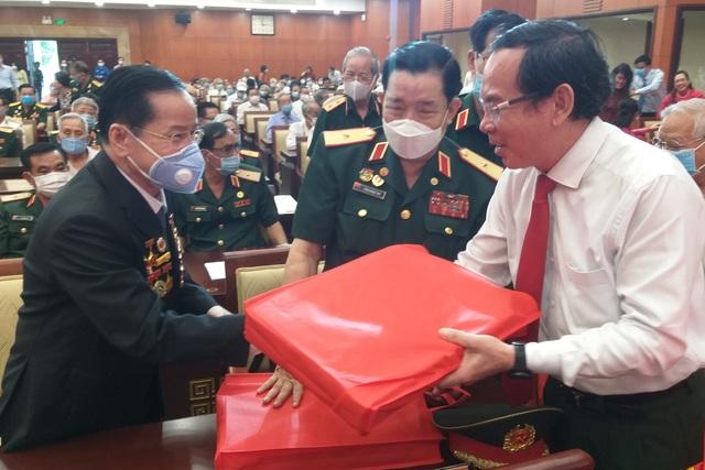 Bí thư Nguyễn Văn Nên cảm ơn những trí thức lựa chọn phụng sự tổ quốc - 1