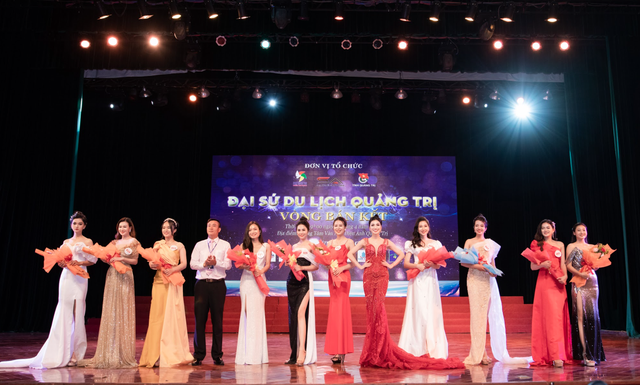 MC Kim Huyền Sâm quyến rũ ở hàng ghế giám khảo - 5