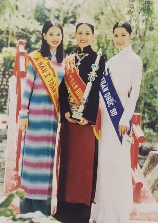 Á hậu đông con nhất showbiz Ngô Thúy Hà tái xuất xinh đẹp ở tuổi 40 - 1