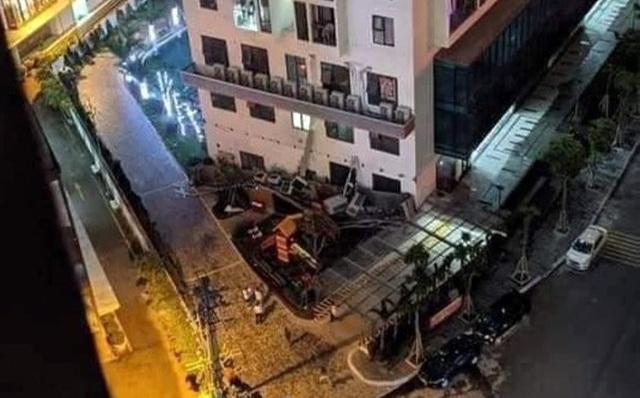 Hà Nội: Cả giàn 7 chiếc điều hòa ở chung cư rơi xuống khu vui chơi trẻ em - 1