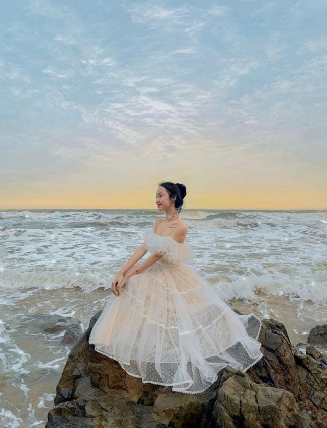 Nữ sinh 9X sưu tập hơn 300 chiếc váy công chúa, giá trị cả tỷ đồng - 10