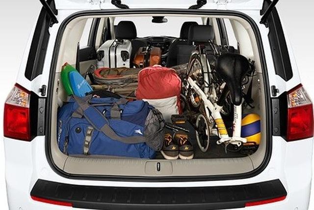 Cách sắp xếp hành lý trên ô tô gọn gàng, tối ưu cho các chuyến đi chơi - 1