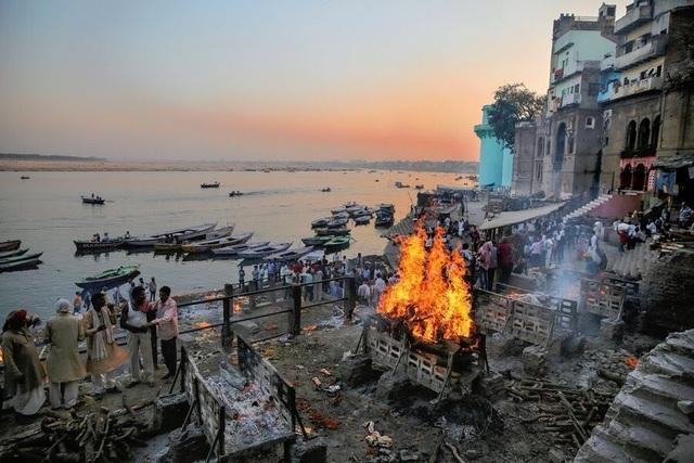 Lý do nhiều người Ấn Độ muốn được hỏa táng ở sông Hằng - 3