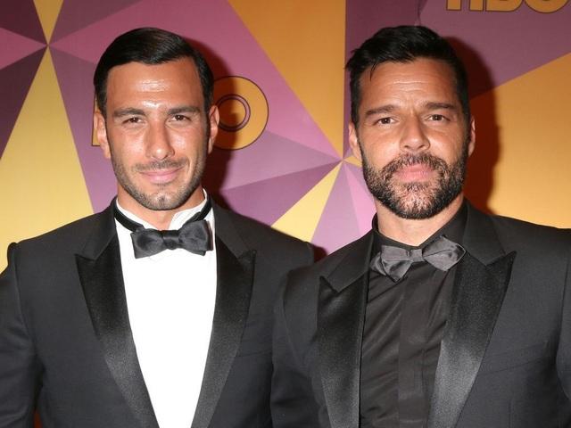 Ngỡ ngàng với diện mạo của ca sĩ đồng tính Ricky Martin trong loạt ảnh mới - 7