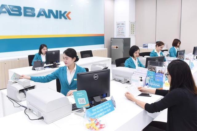 Cổ đông ABBank đòi chia cổ tức tiền mặt, hỏi phương án chuyển sàn - 1