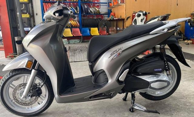 Honda SH 350i nhập Ý đầu tiên về Việt Nam, giá dự kiến hơn 300 triệu đồng - 1