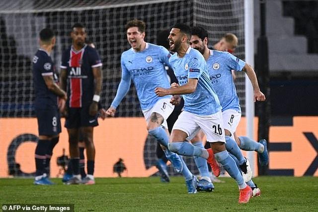 HLV Pep Guardiola tiết lộ bí quyết giúp Man City ngược dòng đánh bại PSG - 1