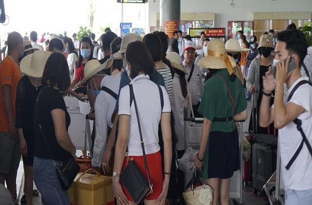 Nhiều đoàn khách đến Bình Định hủy tour trước giờ G  - 3