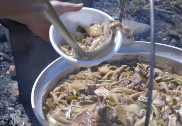 Lễ hội ăn lẩu tập thể ở Nhật Bản - 3