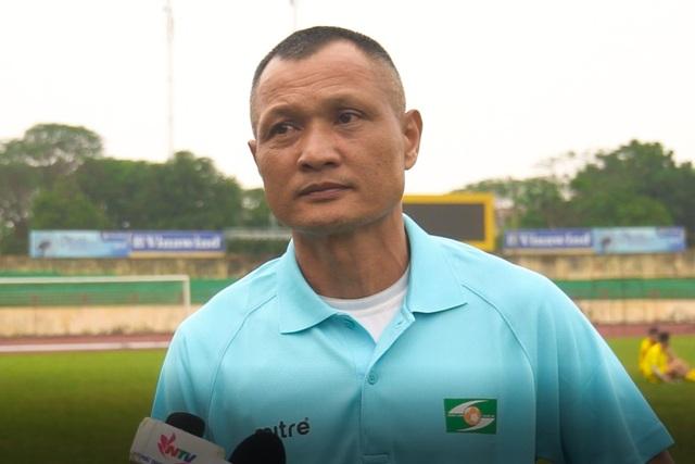 Chủ tịch và HLV trưởng SL Nghệ An bất ngờ xin từ chức - 1