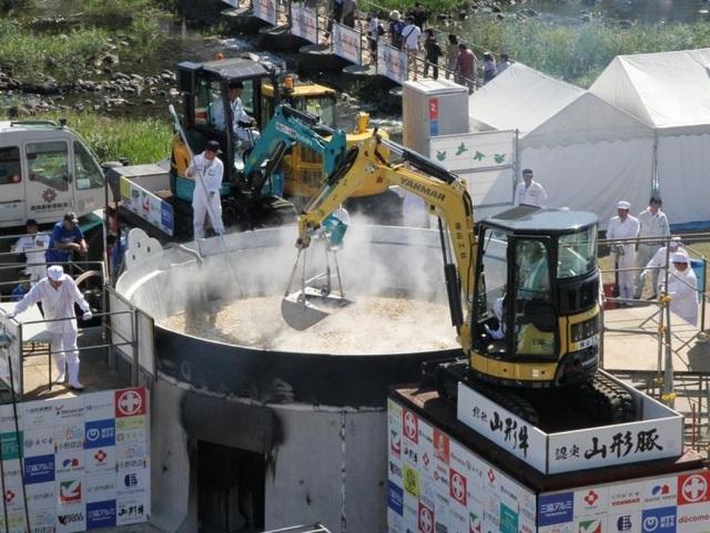 Lễ hội ăn lẩu tập thể ở Nhật Bản - 5