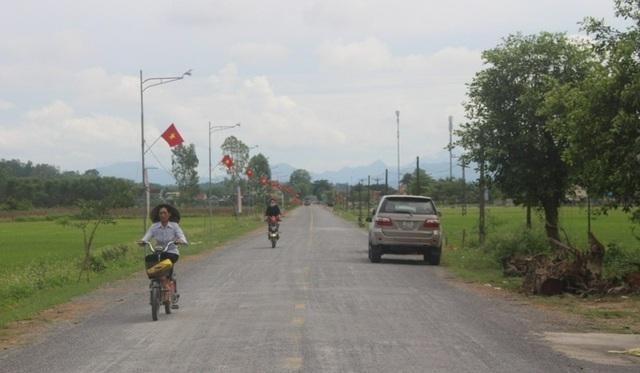 Khắc phục tình trạng quốc lộ tan chảy thành từng mảng - 4