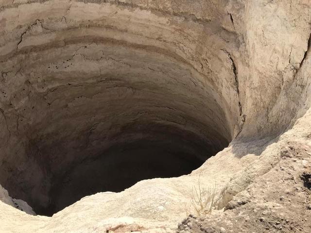 Xuất hiện hàng trăm hố tử thần khổng lồ ở Thổ Nhĩ Kỳ - 5