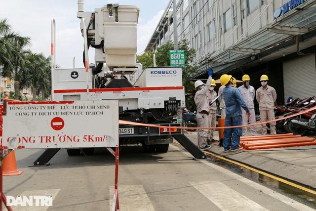 Hiểm nguy nghề sửa chữa đường dây 22kV khi đang có điện - 2