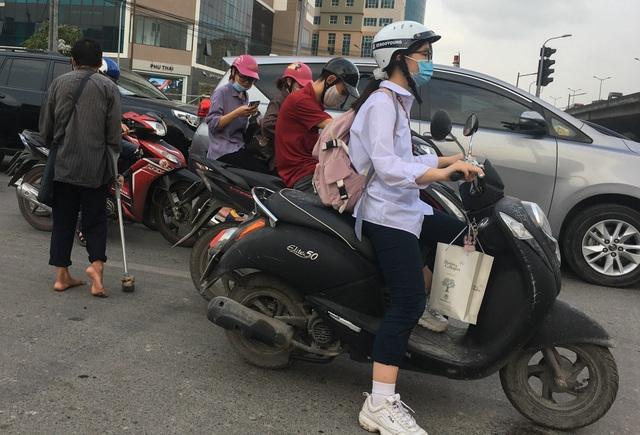 Cái bang kiếm ăn ở Hà Nội: Liệu lòng tốt có được đặt đúng chỗ? - 4