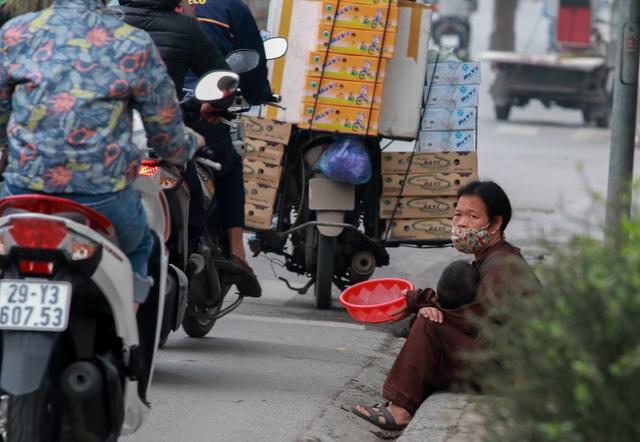 Cái bang kiếm ăn ở Hà Nội: Liệu lòng tốt có được đặt đúng chỗ? - 5