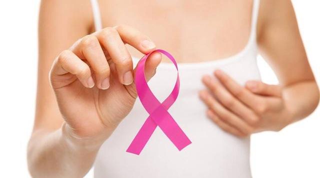 Chuyên gia hướng dẫn cách tự khám vú phát hiện sớm nguy cơ ung thư - 1