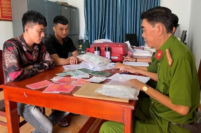 Khởi tố 2 đối tượng cho dân nghèo Phú Quốc vay tiền với lãi suất 300%/năm - 1