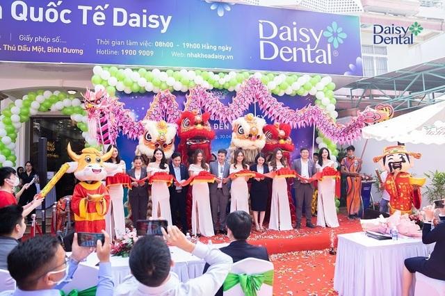 Khai trương Nha khoa Quốc tế Daisy Bình Dương - 2