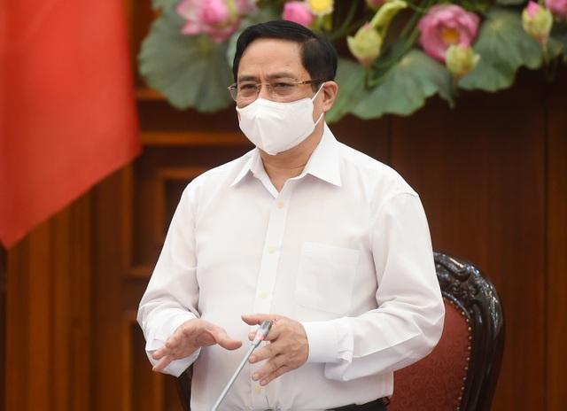 Thủ tướng: Gác lại việc chưa cần thiết, nỗ lực cao phòng chống dịch - 1