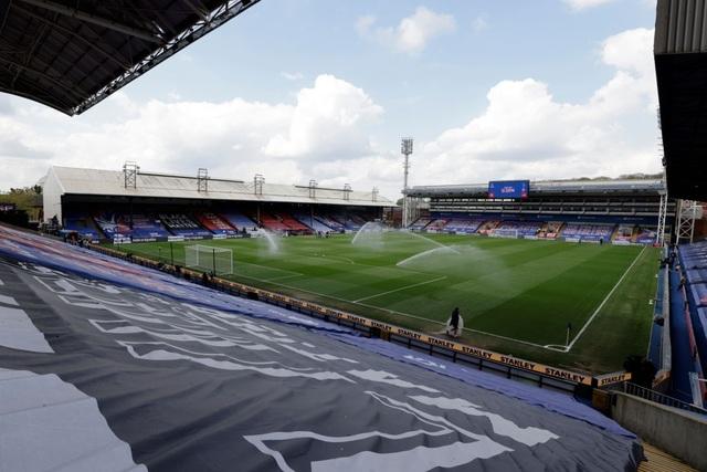 Crystal Palace 0-2 Man City: Chạm tay vào cúp bạc, nín thở chờ Man Utd - 11