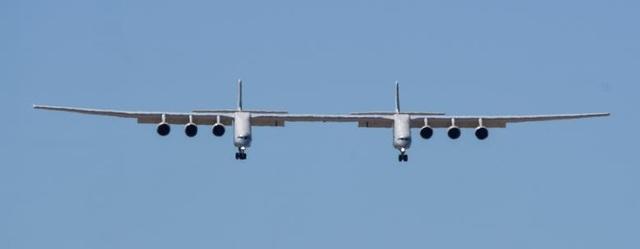 Máy bay lớn nhất thế giới trở lại bầu trời sau 2 năm ở ẩn - 10