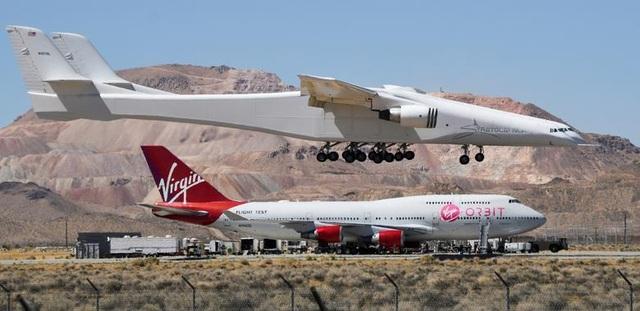 Máy bay lớn nhất thế giới trở lại bầu trời sau 2 năm ở ẩn - 3