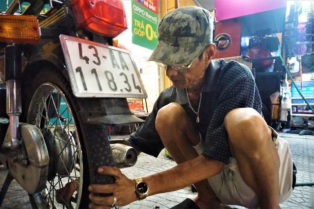 Đà Nẵng: Những người mưu sinh trong Ngày Quốc tế lao động - 4