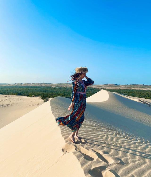 Khám phá 2 đồi cát đẹp như tranh, đứng góc nào cũng có ảnh đẹp - 5