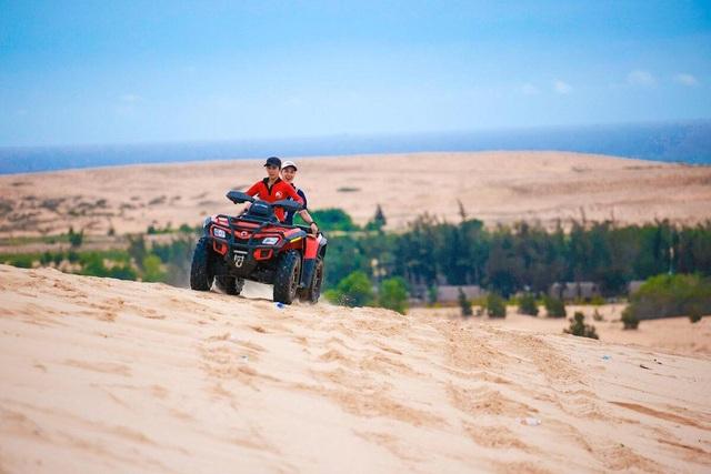 Khám phá 2 đồi cát đẹp như tranh, đứng góc nào cũng có ảnh đẹp - 6