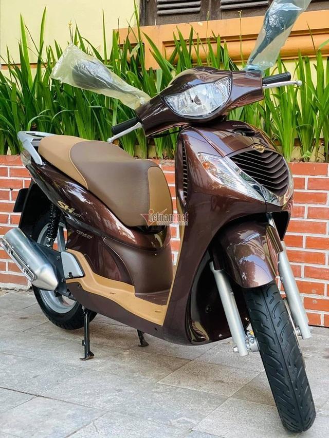 Honda SH 2008 màu sôcôla giá hơn 250 triệu đồng gây sốt - 1
