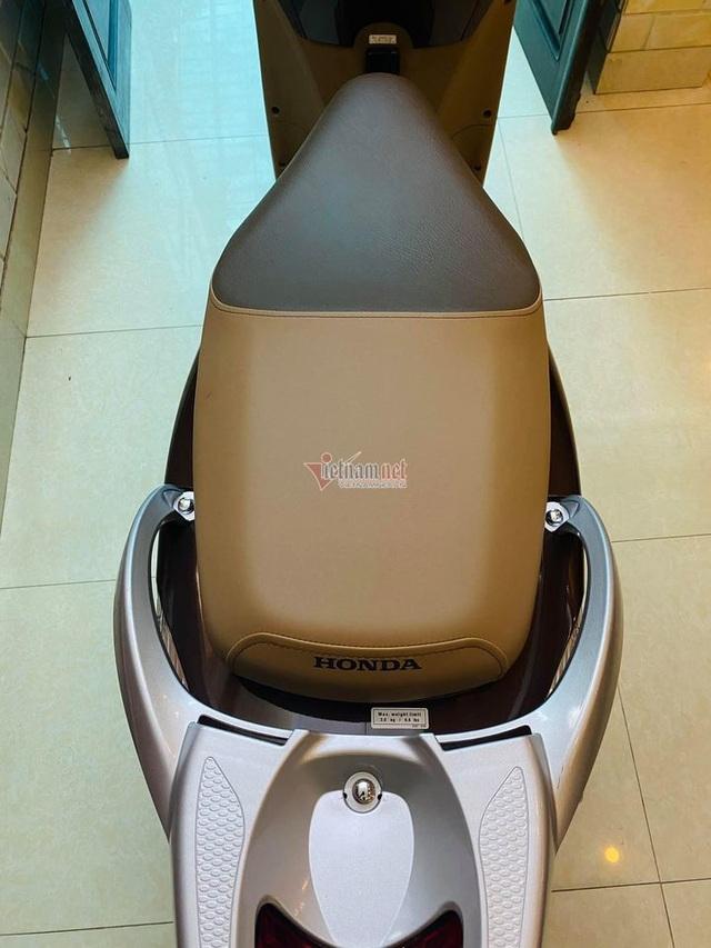 Honda SH 2008 màu sôcôla giá hơn 250 triệu đồng gây sốt - 6