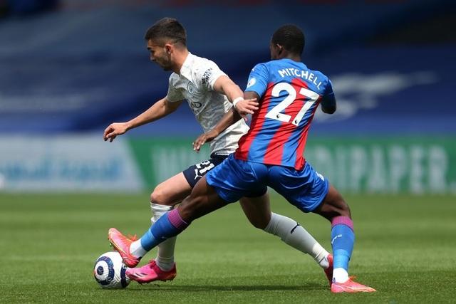 Crystal Palace 0-2 Man City: Chạm tay vào cúp bạc, nín thở chờ Man Utd - 6