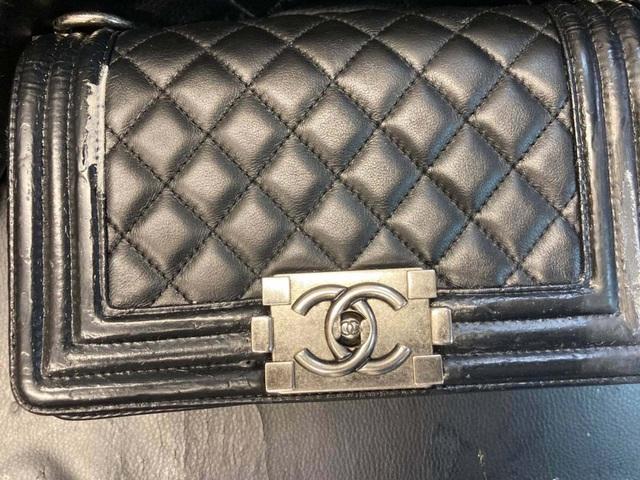 Nghề sửa túi hàng hiệu, mỗi lần hét giá 5-10 triệu đồng vẫn đông khách - 3