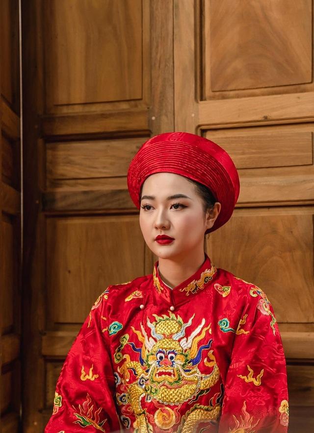 Hoa khôi Đại học FPT hóa cô đồng xinh đẹp - 2