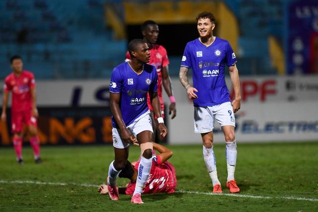 Quang Hải tịt ngòi, CLB Hà Nội vẫn thắng dễ Sài Gòn FC - 10