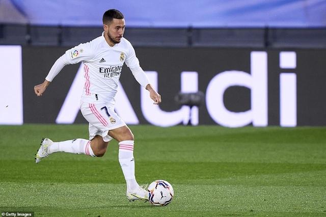 Đánh bại Osasuna, Real Madrid bám đuổi quyết liệt Atletico - 2