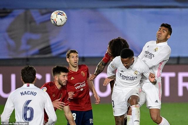 Đánh bại Osasuna, Real Madrid bám đuổi quyết liệt Atletico - 5