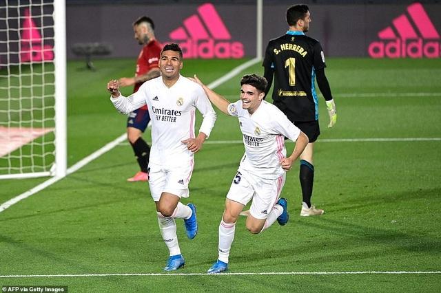 Đánh bại Osasuna, Real Madrid bám đuổi quyết liệt Atletico - 8