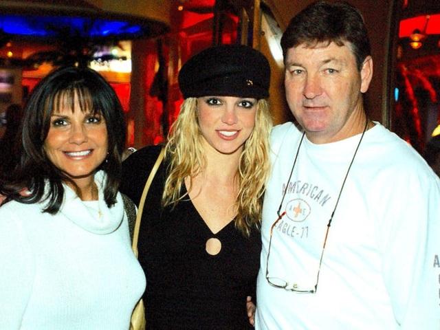 Bi kịch của Britney Spears: Cha ruột nói con gái bị mất trí nhớ