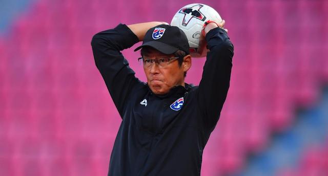HLV Nishino lo Thái Lan không có tiền đạo để chạy đua với tuyển Việt Nam - 1
