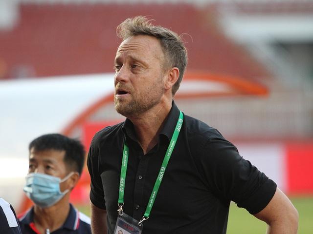 Lee Nguyễn được ca tụng sau khi giúp CLB TPHCM thắng đậm Hải Phòng - 2